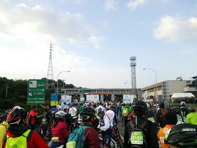 サイクリングしまなみ スタート前の高速道路今治IC