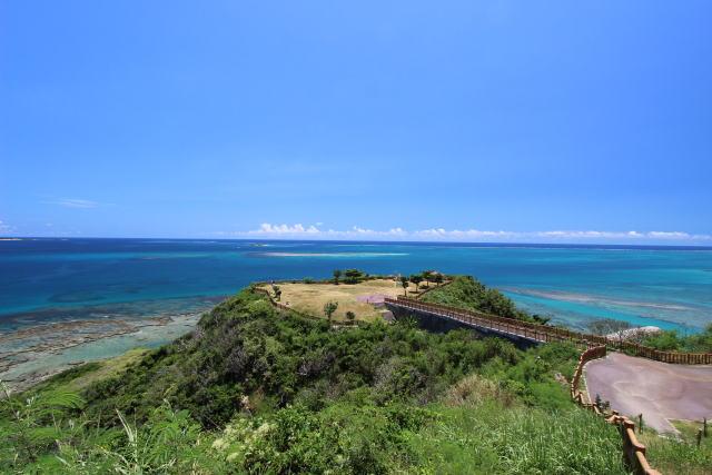 沖縄サイクリング 沖縄本島南部一周 晴れの日の知念岬公園