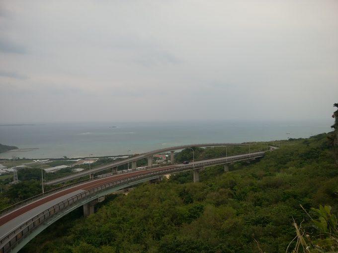 沖縄サイクリング 沖縄本島南部一周 ニライカナイ橋からの景色