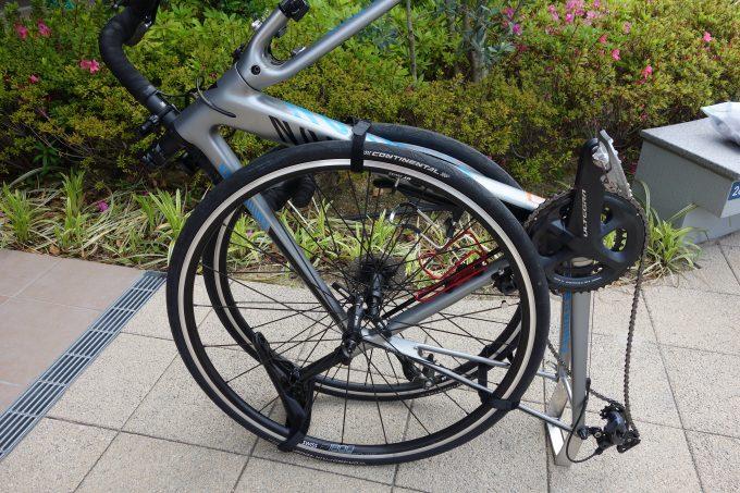 【ロードバイク輪行袋の使い方】自転車を持ち運ぶ方法と電車に乗る準備を解説