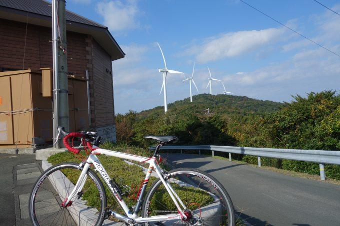 せとかぜ海道佐田岬メロディーラインの風車