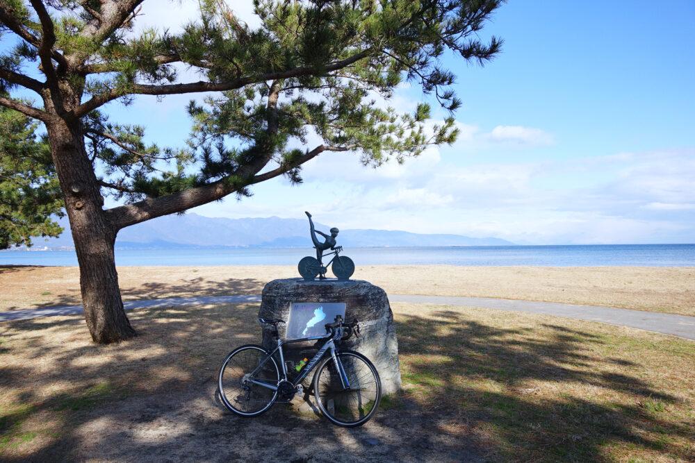 びわ湖マリオットホテル前「サイクリストの聖地」碑