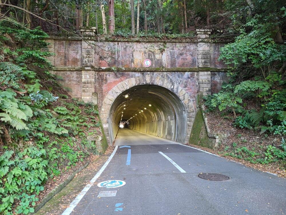 賤ヶ嶽隧道(しずがたけずいどう)
