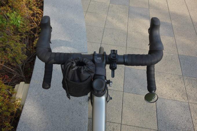 ロードバイク用バッグ ハンドルセンターポーチ(ドリンクホルダー型) 装着イメージ