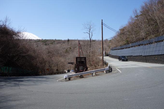 籠坂峠のUターン