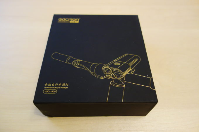 ガシロン フロントライトV9D-1800 商品箱