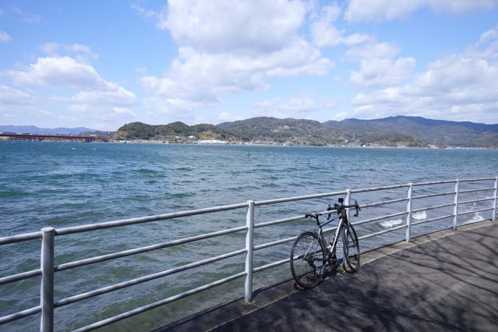 浜名湖一周サイクリング ハマイチの対岸を望む浜名湖