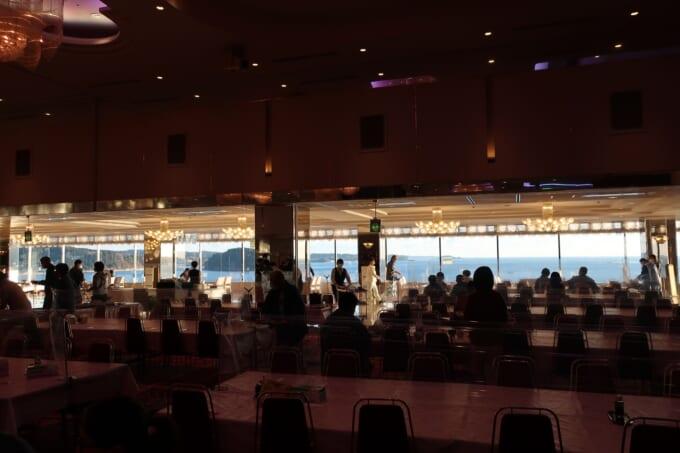南三陸ホテル観洋 朝食会場大広間からの海景色