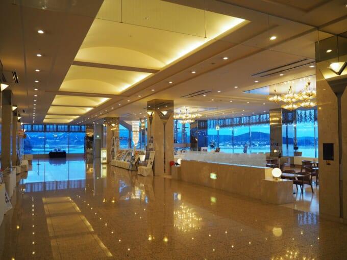 南三陸ホテル観洋 ロビーの廊下