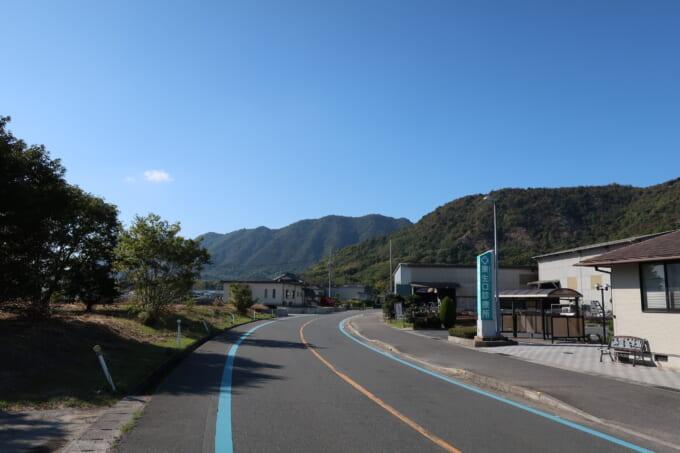 生口島の山が見える景色