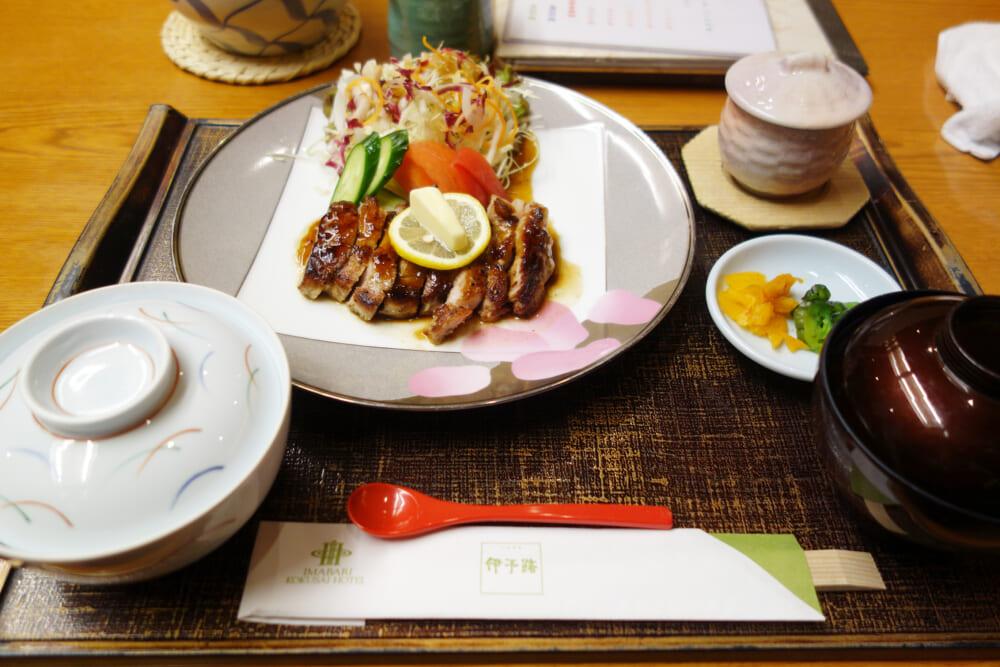 今治国際ホテルのレストランの料理
