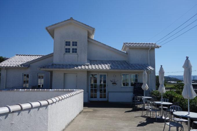 クラブハリエのパン工房 ジュブリルタン カフェ外観