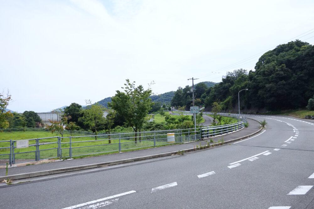 小豆島寒霞渓 内海ダム前の道路