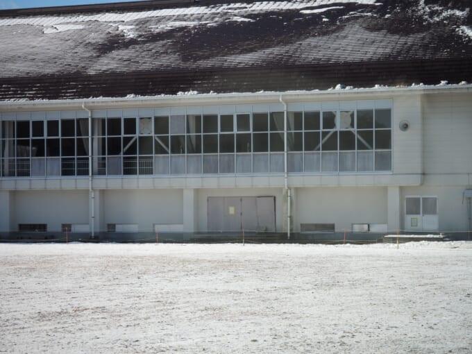 戸倉公民館(旧戸倉中学校)の体育館