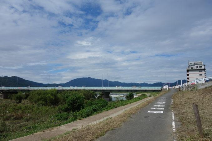 桂川サイクリングロード 西大橋