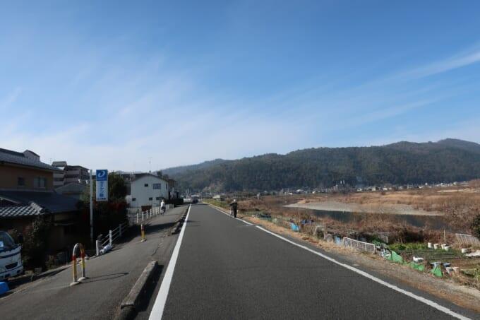 桂川サイクリングロード 上桂の道