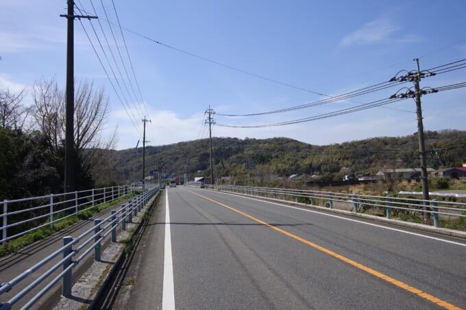 竹田津の道路