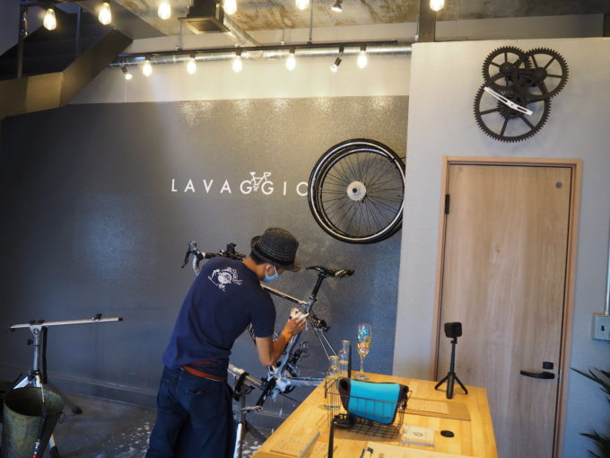 ロードバイク洗車専門店 ラバッジョの洗車 フレームの掃除