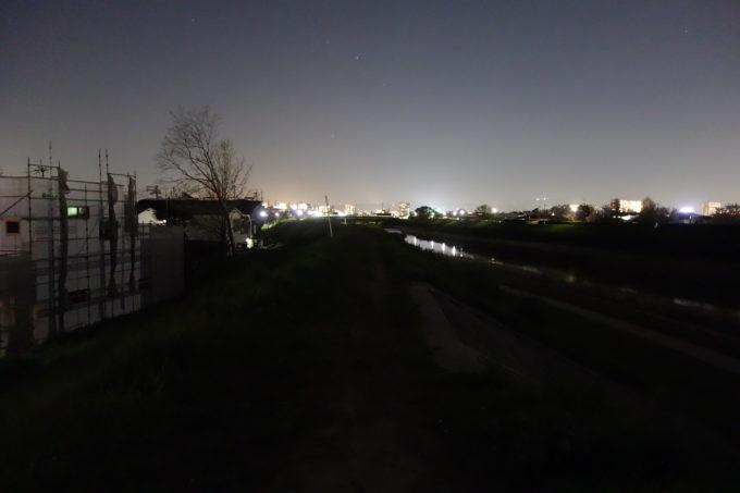 ロードバイク用自転車ライト 明るさ比較場所