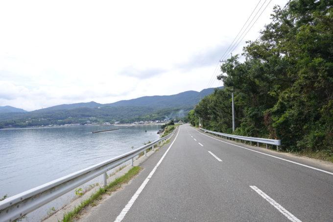 小豆島一周マメイチ 海岸線の平坦な道