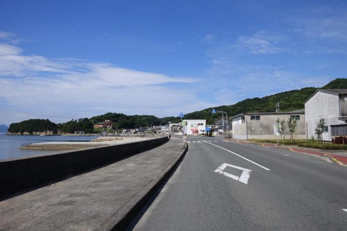 小豆島一周マメイチ 海岸線を走る道路