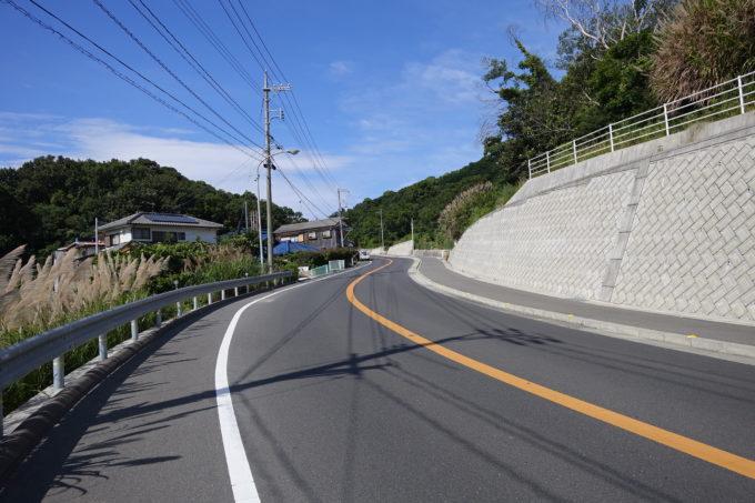 小豆島一周マメイチ 土庄の坂道