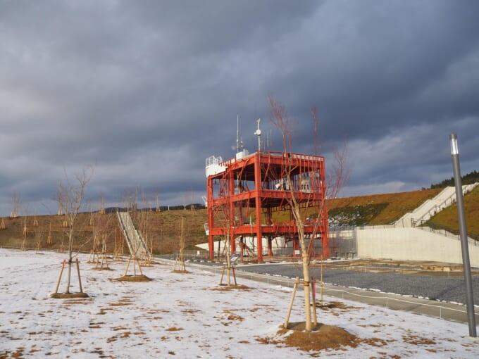 南三陸町震災復興祈念公園 旧南三陸町庁舎遠景
