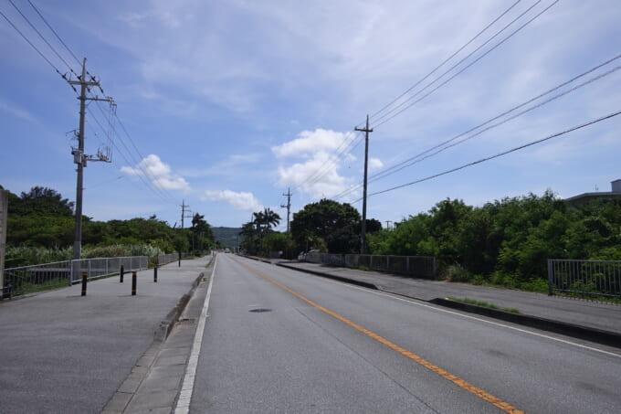 南城市佐敷の道路
