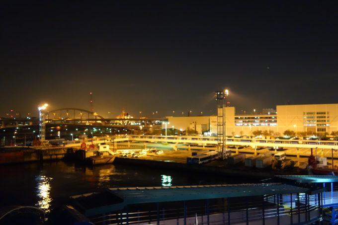 オレンジフェリーから見る大阪港の夜景