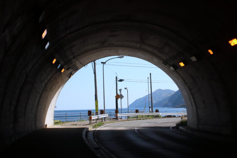 佐渡島一周サドイチのトンネル