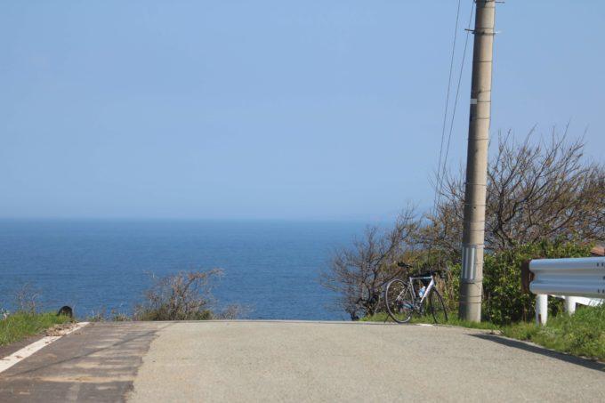 佐渡島一周サドイチ 水平線
