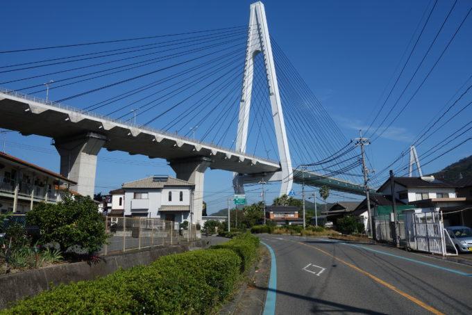 しまなみ海道生口島 生口橋を見上げるアングル