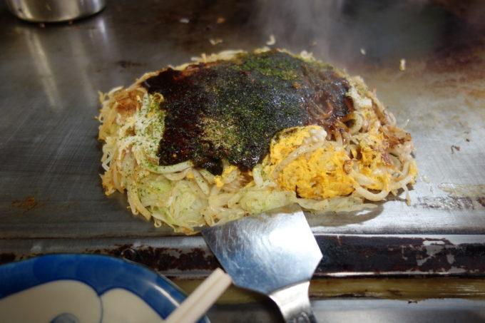 しまなみ海道因島のお好み焼き「いんおこ」 出来上がりのお好み焼き