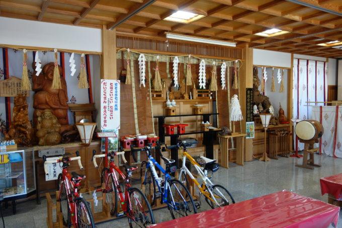 しまなみ海道因島 「自転車神社」大山神社の祈祷参集殿