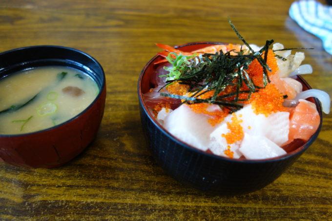 しまなみ海道大三島「大漁」の海鮮丼