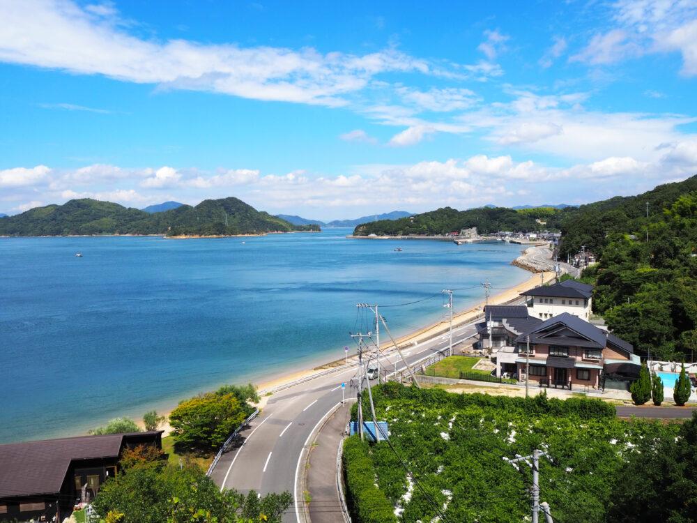 来島海峡大橋から見るしまなみ海道大島のふうけい