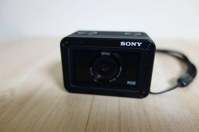 ソニーのデジタルカメラRX-0 外観