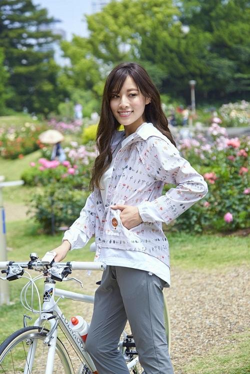 おすすめのレディースサイクルウェア!女性向け自転車カジュアルジャージを紹介