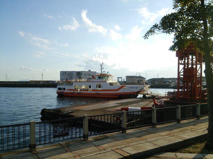 とびしま海道への航路 今治港-岡村港のフェリー