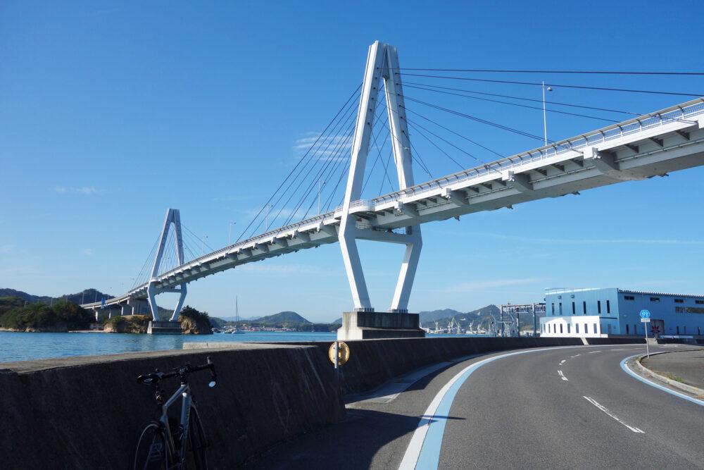 ゆめしま海弓削島 弓削大橋を見上げる景色
